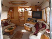 photo of  65' McKinna Motoryacht